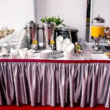 dekoracja stołu i aranżacja